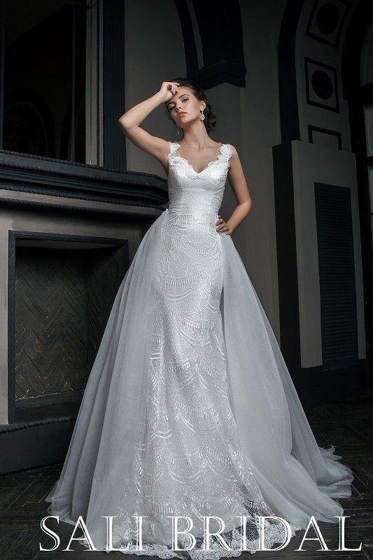 Платье со шлйфом из салона Edlerweiss